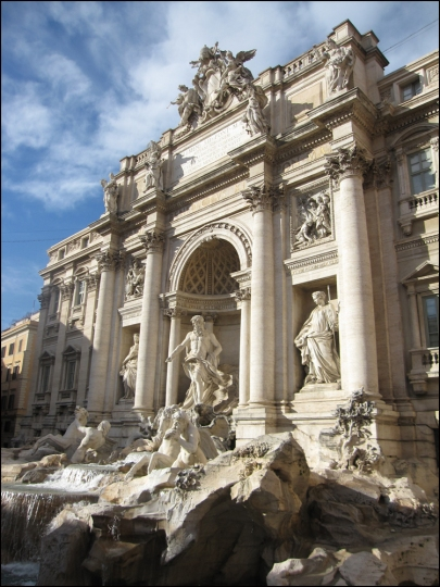 Fontana di Trevi (a.k.a., Trevi Fountain) Marcello, Come here! Hurry!