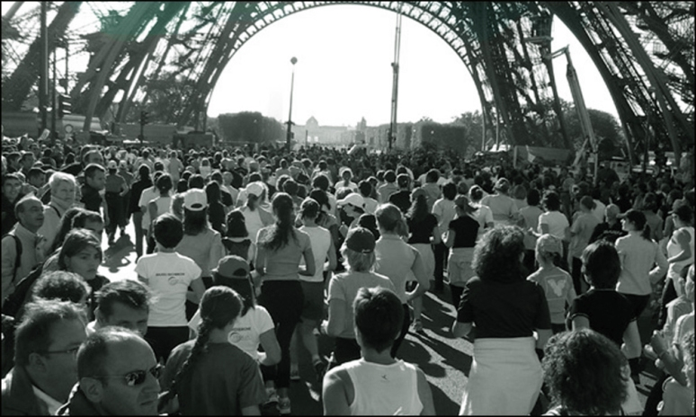 À vos marques, prêts, partez ! The Start of La Parisienne at the Eiffel Tower (Photograph by Roger Manley)