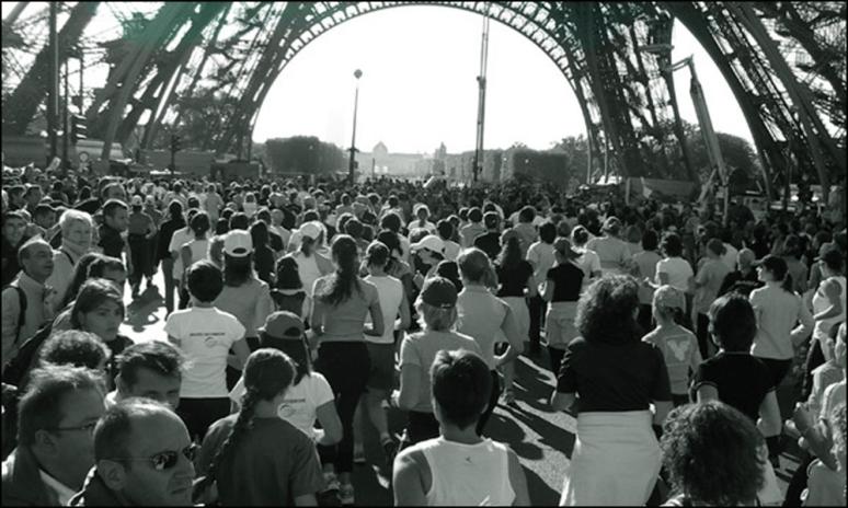 À vos marques, prêts, partez! The Start of La Parisienne at the Eiffel Tower (Photograph by Roger Manley)