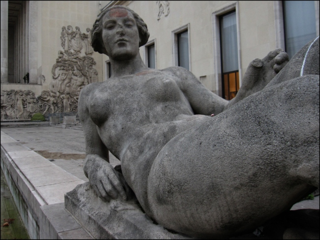 LES NYMPHES BY SCULPTORS LÉON-ERNEST DRIVIER AND AUGUSTE GUÉNOT,  PALAIS DE TOKYO, 1937