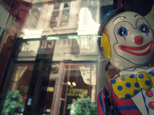 Photo Bombing Clown at the Passage Verdeau and Passage Jouffroy, 1846 (Photo by T. Brack)