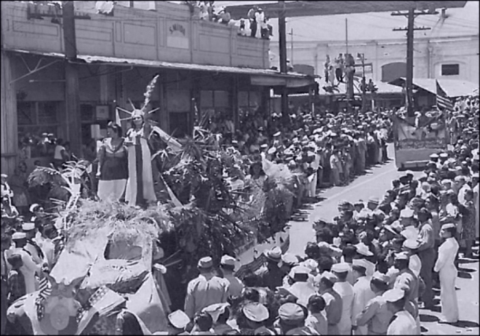 Statue of Liberty, Parade, Hawaii (Image: T. Brack's archives, September 1945)