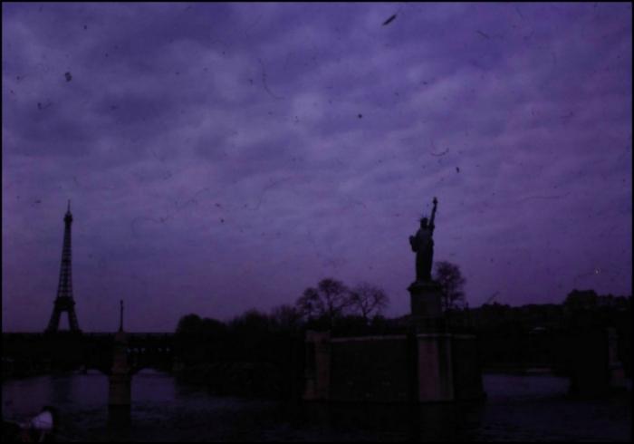 La Statue de la Liberté, Pont de Grenelle, Paris (Image: T. Brack's archives, 1963)