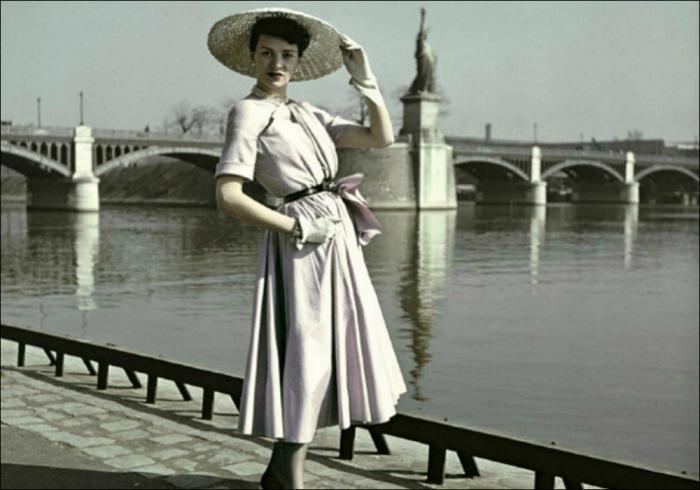 """Dior's superb """"New Look"""" and La Statue de la Liberté by Combat Photographer Robert Capa, Paris, 1948"""