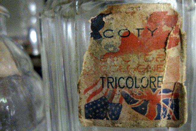 Tricolore Cologne by Coty, Paris, 1940s (Theadora Brack's collection)