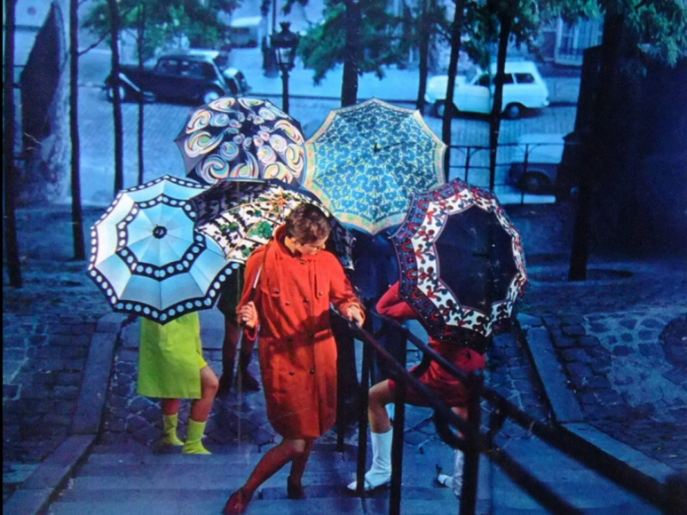 More umbrella and trench coat inspiration, Parapluies Sauvagnat, 1966. (Image: T. Brack's archives)